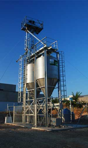 Construction of a pilot plant of silos in Rabanales 21