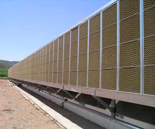 Performance of evaporative cooling on a farm
