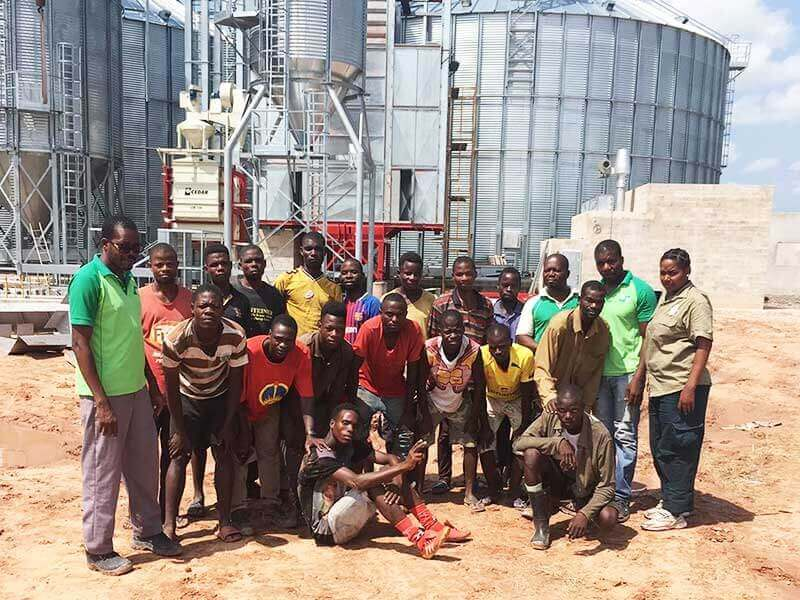 A corn storage plant in Angola in its final assembly phase