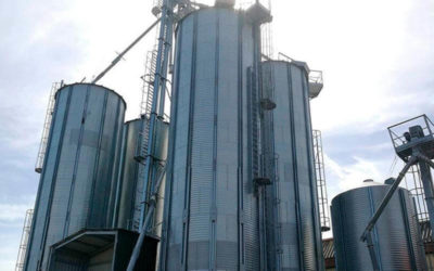 Silos for the storage of tiger nuts in Spain